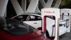Tesla lost $293M last quarter, says 80k deliveries will happen this year